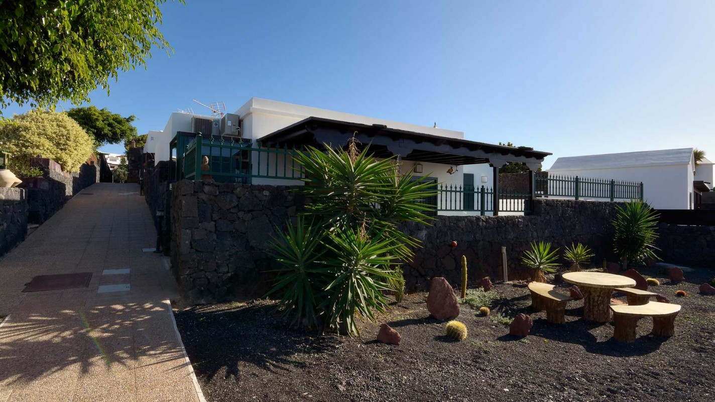 Urb Las Coloradas - Playa Blanca - Roper Properties