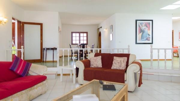 7 Bedroom  House / Villa 3