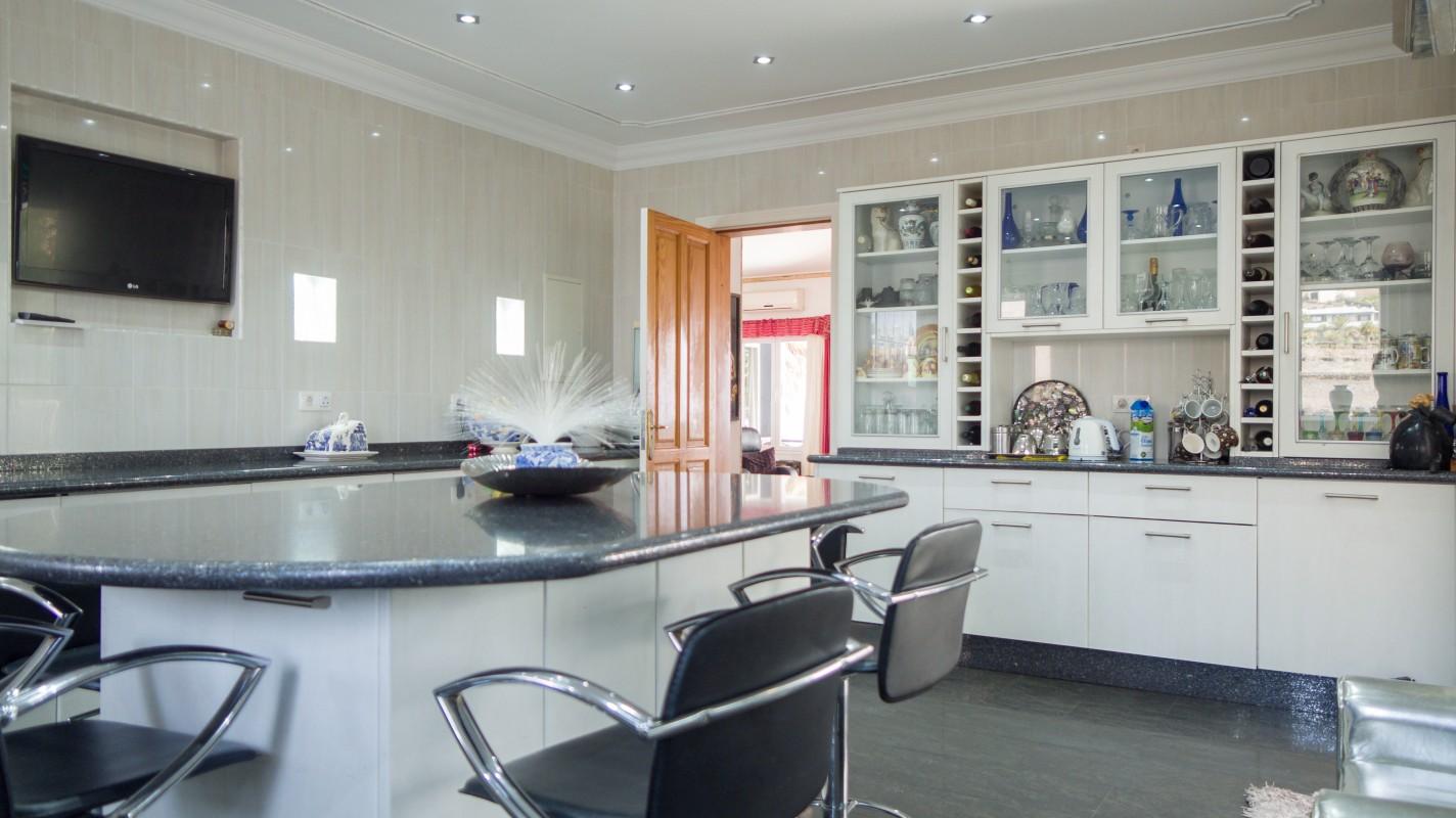 - Conil - Roper Properties