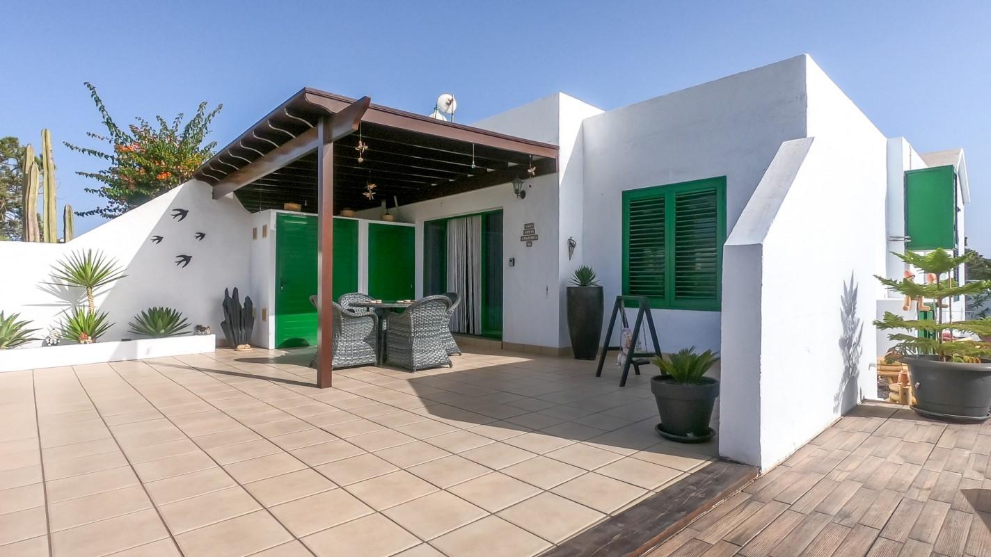 2 Bedroom  House / Villa