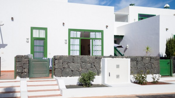 2 Bedroom  House / Villa 3